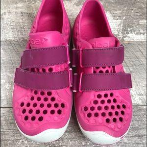 Plae Mimi Pink amphibious Child Shoes size 13